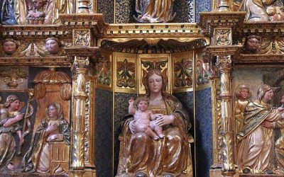 La Iglesia de San Esteban y el Museo del Retablo