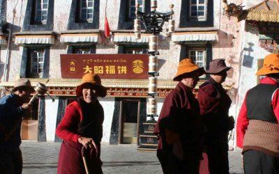 ¿Cómo hacer amigos durante el viaje a Lhasa?